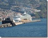 Kreuzfahrtschiffe im Hafen von Madeira